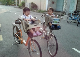 Family-Bicycle-4